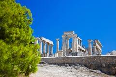 Ruïnes van tempel op eiland Aegina, Griekenland Stock Afbeeldingen