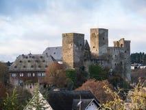 Runkel, stad och slott, regionflod Lahn, Hessen, Tyskland Royaltyfri Foto