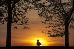 running solnedgång Royaltyfria Foton