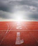 Running spår ett två tre med raincloud Fotografering för Bildbyråer