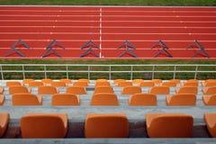 running spår för arena arkivfoto