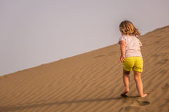 Running up the sand dunes Royalty Free Stock Photography