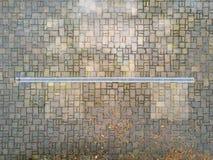 Runoff de água da chuva imagem de stock