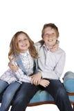 runt om goofing syster för broder Royaltyfria Foton