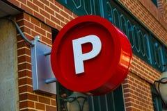 Runt parkeringstecken Arkivfoto