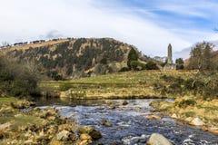 Runt torn Glendalough Irland Arkivbild