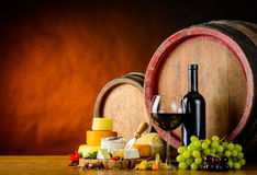 Ruota del formaggio e del vino Fotografia Stock