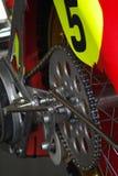 Ruota dentata e catena del motociclo Fotografia Stock