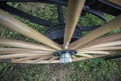 Ruota di vagone spoked di legno Fotografia Stock Libera da Diritti