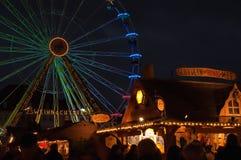 Ruota panoramica sul mercato di Natale a Erfurt, Germania Fotografie Stock Libere da Diritti