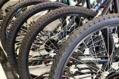 Ruote di bicicletta nere Fotografie Stock