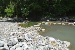 Ruparan rzeka przy barangay Ruparan, Digos miasto, Davao Del Sura, Filipiny obraz royalty free