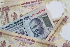 Rupia india de la moneda - billetes de banco de la INR Fotografía de archivo libre de regalías