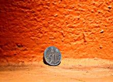 Rupia india y x28; coin& x29 de 50 paise; fotografía de archivo