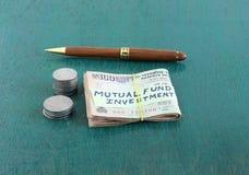 Rupias indianas para o investimento no conceito do fundo de investimento aberto Foto de Stock Royalty Free