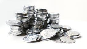 Rupiemünzen auf weißem Hintergrund Stockbilder