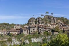 RUPIT SPANIEN - OKTOBER 29, 2017: Sikt av den medeltida Rupit byn i länet av Osona, Catalonia, Spanien royaltyfri fotografi