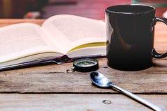 A ruptura de café e relaxa o tempo Fotos de Stock Royalty Free