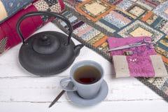Ruptura de chá durante o acolchoado Fotografia de Stock