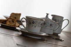 Ruptura do chá & do bolo em China em uma inclinação imagem de stock
