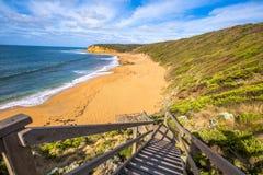 Ruptura do ponto na costa Victoria da ressaca foto de stock