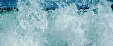 Rupture de vague Photos libres de droits