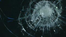 Rupture en verre de canal alpha banque de vidéos