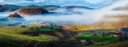 Rural mountain landscape in autumn morning - Fundatura Ponorului, Romania Stock Photo