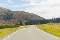 Rural Scene of Asphalt Road , New Zealand Royalty Free Stock Photos