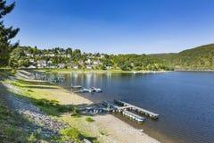Rurberg fjärd på sjön Rursee, Tyskland Royaltyfri Foto