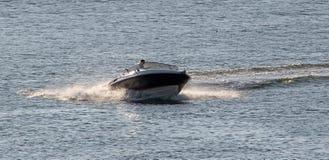 Rusa snabba motorbåten Fotografering för Bildbyråer