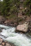 Rusa strömflodvatten till och med den elva mil kanjonen Colorado Royaltyfri Fotografi