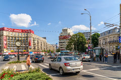 Rush Hour Traffic In Downtown Roman Square (Piata Romana) Of Bucharest Royalty Free Stock Image