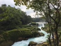 Rushing waterfall Royalty Free Stock Photos