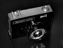 Rusia samara 30 de abril de 2017 Auto viejo de Viliya de la empresa de la cámara de la película en una imagen retra Imagen de archivo libre de regalías