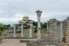 RUSIA, SEVASTOPOL - el santo Vladimir Cathedral en el sitio de Chersonesos Taurica imagen de archivo