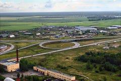 Rusia, St Petersburg, cruce giratorio en la carretera de circunvalación Imagenes de archivo
