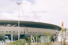 Rusia, St Petersburg, 2016: Nueva arena del zenit del estadio de Zenit de la construcción, UEFA, Gazprom-arena Fotos de archivo