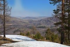 Rusia-sur Urales de la estación de esquí de Abzakovo fotografía de archivo
