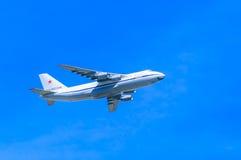 An-124-100 Ruslan (神鹰) 图库摄影