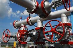 Rusland. De eenheid van de installatie op olieveld royalty-vrije stock foto