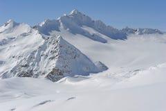 Rusland. De Kaukasus. Kabardino-Balkarië. Elbrus stock afbeeldingen