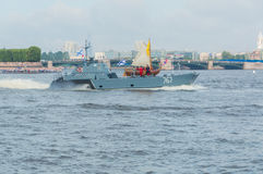 Rusland, heilige-Petersburg, 30 Juli, 2017 - de boot van Tsaar Peter Royalty-vrije Stock Foto