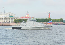 Rusland, heilige-Petersburg, 30 Juli, 2017 in de parade van warshi Stock Afbeelding