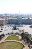 Rusland, heilige-Petersburg, Mening van Isaac Square Stock Foto's