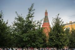 Rusland, Moskou - Augustus 2016: De Toren van het hoekarsenaal bij Rood Vierkant stock foto's