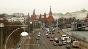 Rusland, Moskou, het panorama van het Kremlin stock footage