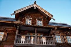 Rusland Petrozavodsk Het Etnografische die Museum van Sheltozeroveps na R wordt genoemd P Lonin 15 november, 2017 Stock Afbeelding
