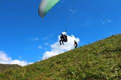 Rusland Republiek kabardino-Barkar Chegem paradrome waar de dromen waar komen, vluchten over de aarde!!! Royalty-vrije Stock Afbeelding