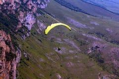 Rusland Republiek kabardino-Barkar Chegem paradrome waar de dromen waar komen, vluchten over de aarde!!! Stock Foto